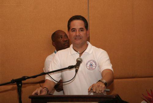 AMB cumple con seminario de oficiales