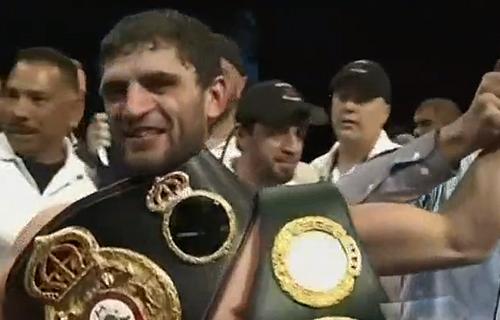 Allakhverdiev wins tech decision over Guzman