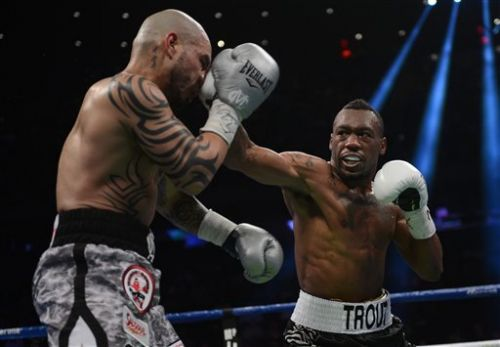 Austin Trout retains WBA belt after defeating Miguel Cotto