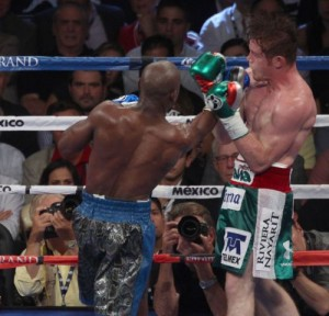 Mayweather defeated Canelo Álvarez