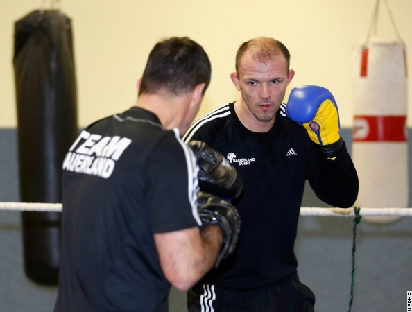 Photos: Juergen Braehmer Putting in Work For Oliveira
