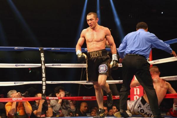 Shumenov dominates Kovacs