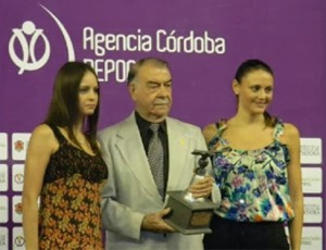 José Emilio Graglia receives Condor Award