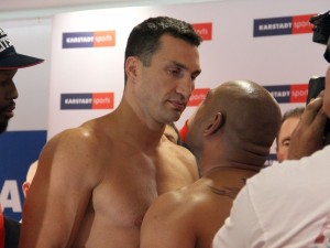 Photos: Klitschko – Leapai Weigh-in