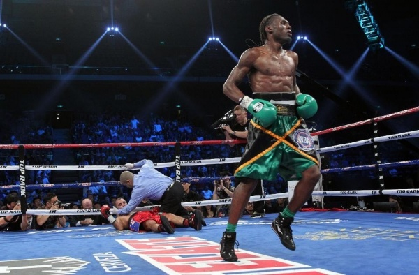 Nicholas Walters Obliterates Vic Darchinyan In Five Rounds 31-5-2014