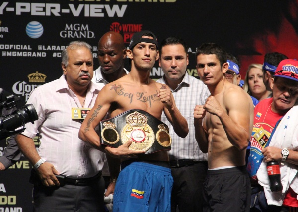 Johan Perez - Mauricio Herrera Weigh-in Photos
