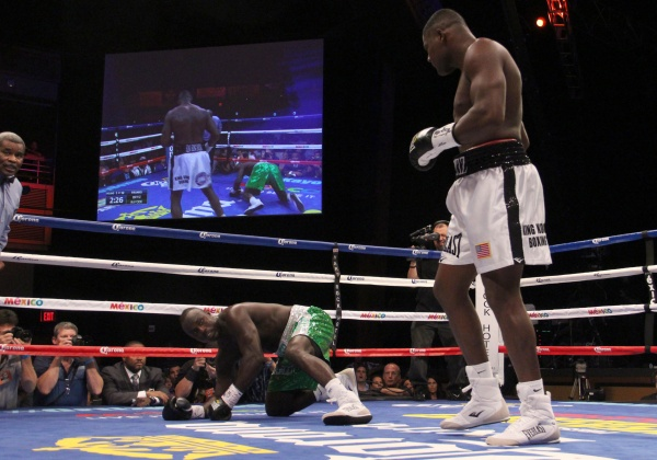 Photos: Luis Ortiz Easily Destroys Lateef Kayode in One
