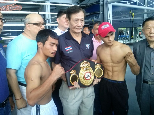 "Photos: ""Chocorroncito"" Buitrago vs Freshmart made the weight"