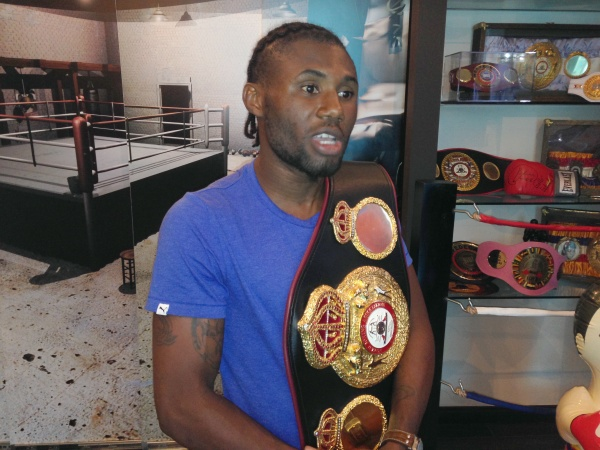 "Nicholas Walters offers Knock out Nonito Donarie ""in 5 or 6 rounds"""