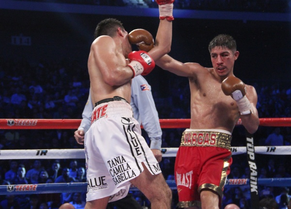 Jessie Vargas vs Antonio DeMarco