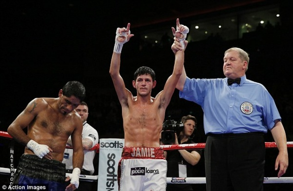 Jamie McDonnell retains bantamweight world crown after Javier Chacon retires with injured shoulder