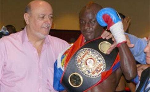 Pierre venció al Chirizo González en Haití