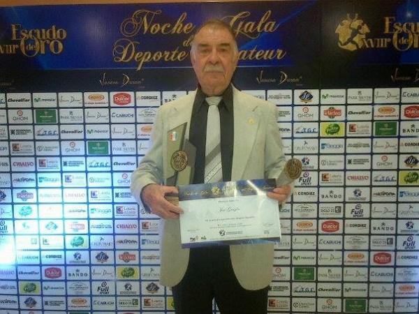 José Emilio Graglia recibió el Premio Cóndor Córdoba Deportes 2014
