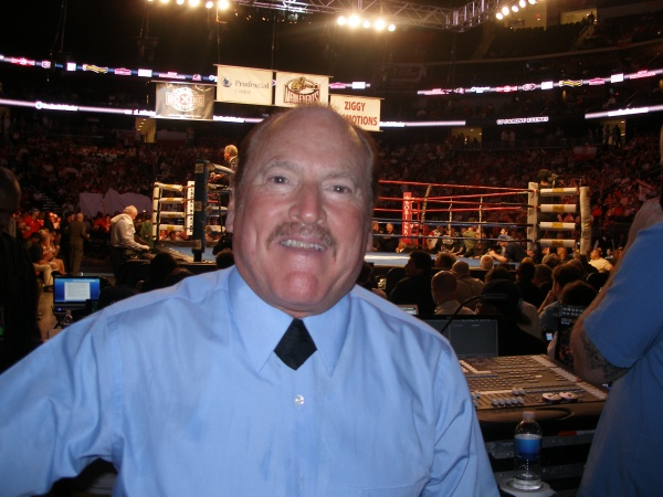 Steve Smoger will referee Lara vs Smith in Texas