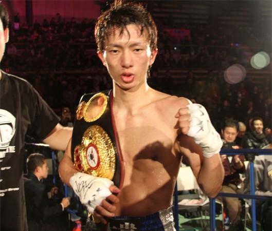 Taguchi defeats Rossel to win WBA 108lb belt