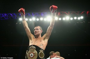 Derry Mathews is the new 135 lbs. Interim champion