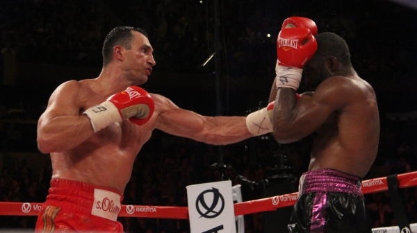 Mega Gallery: Klitschko defeats Jennings