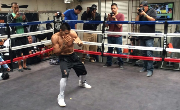 Video: Cuellar made his public training in California