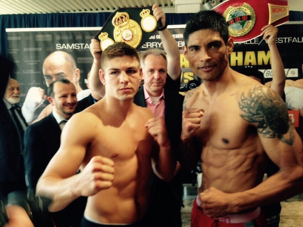 Feigenbutz, Reynoso make weight