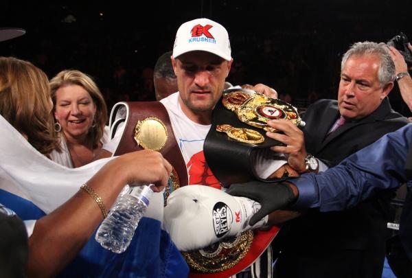 Sergey Kovalev WBA Honorable Mention July-2016