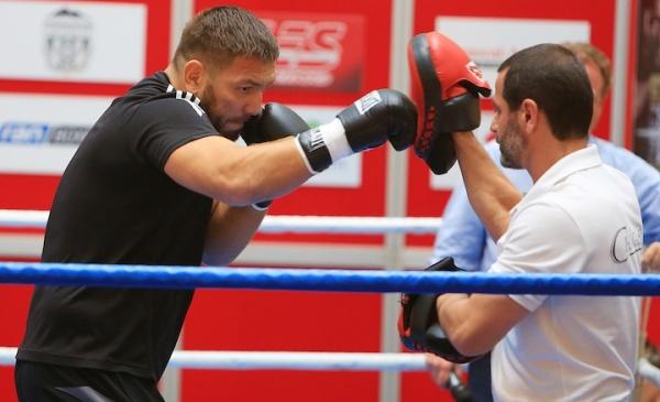 Chagaev vs. Pianeta Public workout gallery