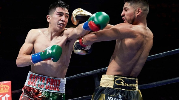 WBA Super World featherweight champion Leo Santa Cruz was awarded Boxer of the Month for August. (Photo: PBC)