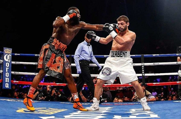 Broner Wins WBA World Super Lightweight Title