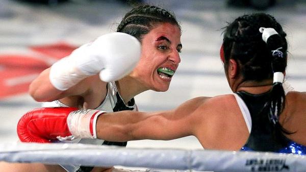 """""""Killer Queen"""" Retains WBA World Flyweight Title"""