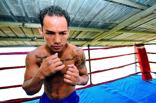 Thirty-year-old Luis Concepcion won the title in September by retiring David Sanchez in the 10th round. (Photo: La Prensa)