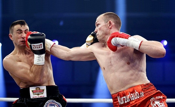 Braehmer Decisions Gutknecht, Retains WBA Title
