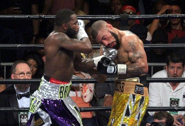 Broner StopsTheophane, Calls Out Mayweather