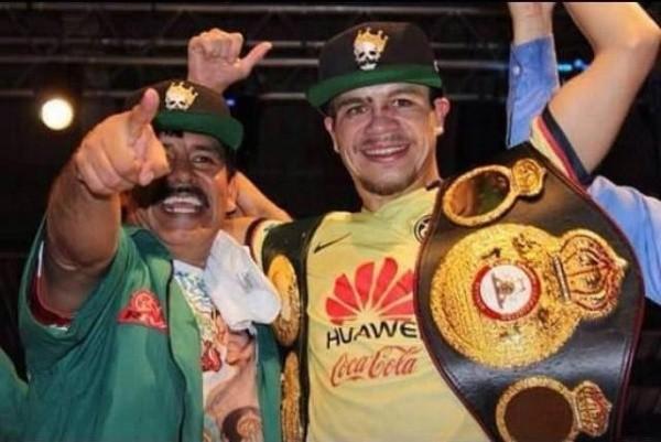 Moises Chucky Flores vs. Paulus Ambunda