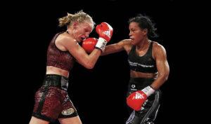 Rematch: Cecilia Brækhus vs. Anne Sophie Mathis