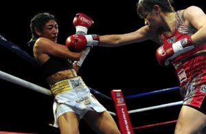 """Marcela """"La Tigresa"""" Acuña venció por decisión unánime a Brenda Carabajal"""