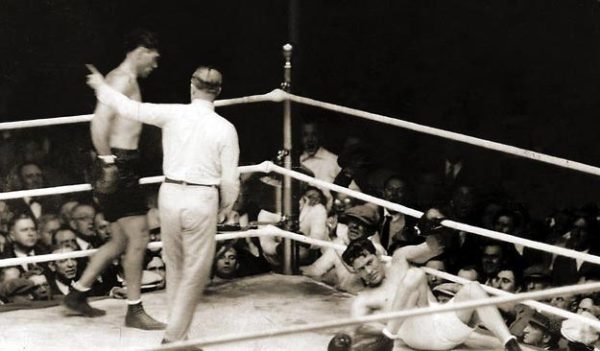 Boxing History: The Long Count