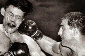 Boxing History: Marciano TKOs LaStarza