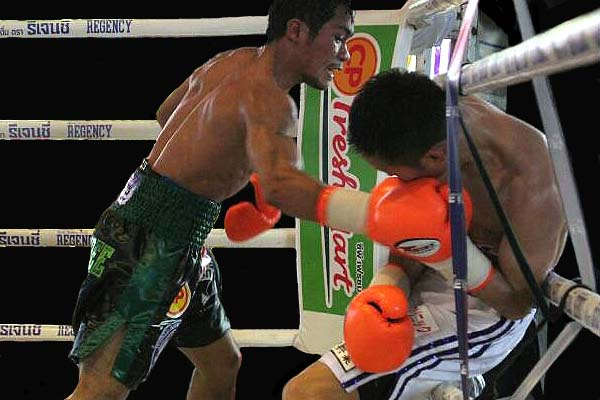 Knockout CP Freshmart retained his title by outpointing Shin Ono. (Photo: Courtesy)