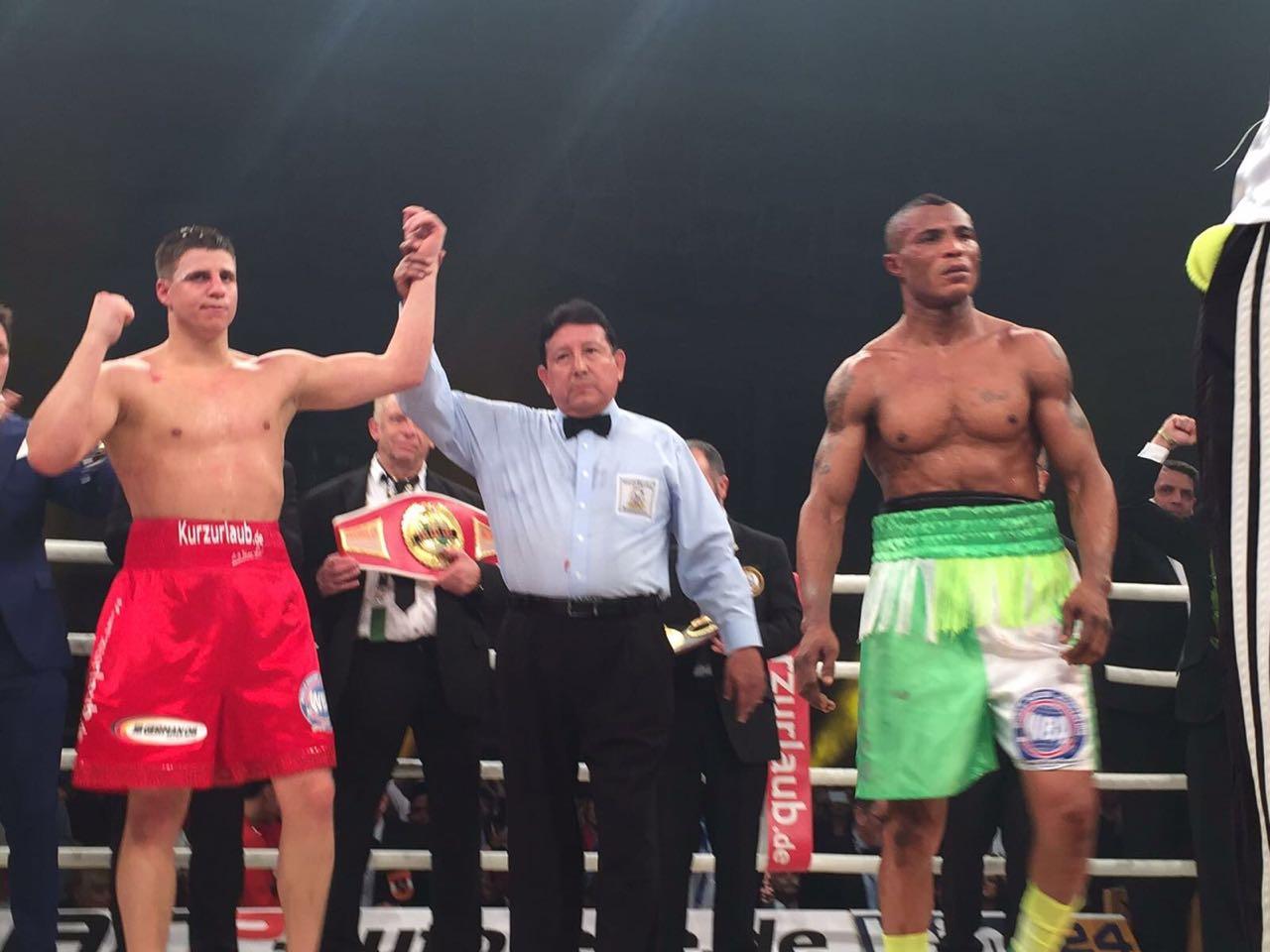 Zeuge retained WBA title