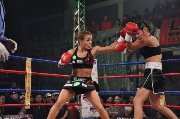 Yesica Bopp retains her WBA World Title