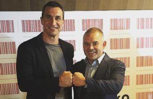 Gilberto Jesús Mendoza acompañó a Klitschko en relanzamiento de su marca