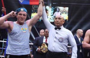 Lebedev impuso su veteranía ante Flanagan