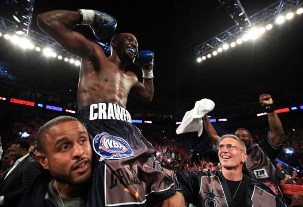 Crawford is King of the super lightweights