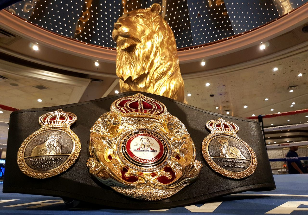 A special belt for a special fight
