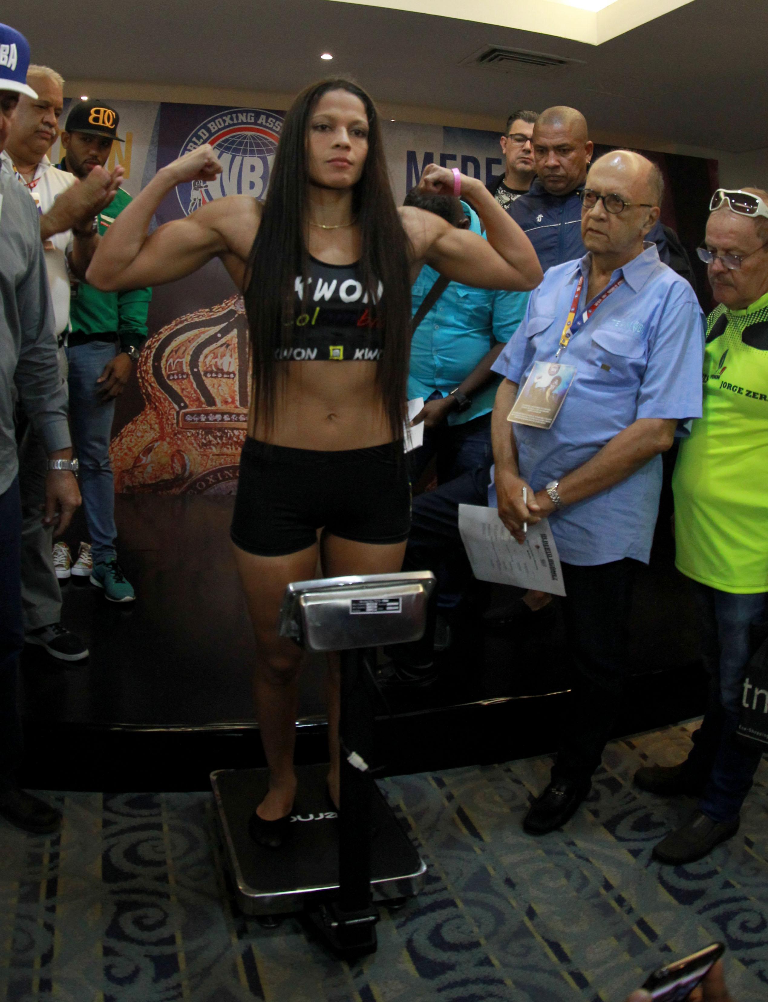Rivas and Cordero make weight.