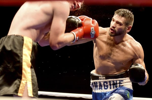Gavronski and Hernández will fight for the WBA-NABA title