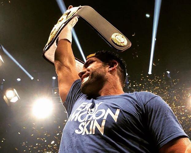 Manuel Charr, new WBA Heavyweight champion