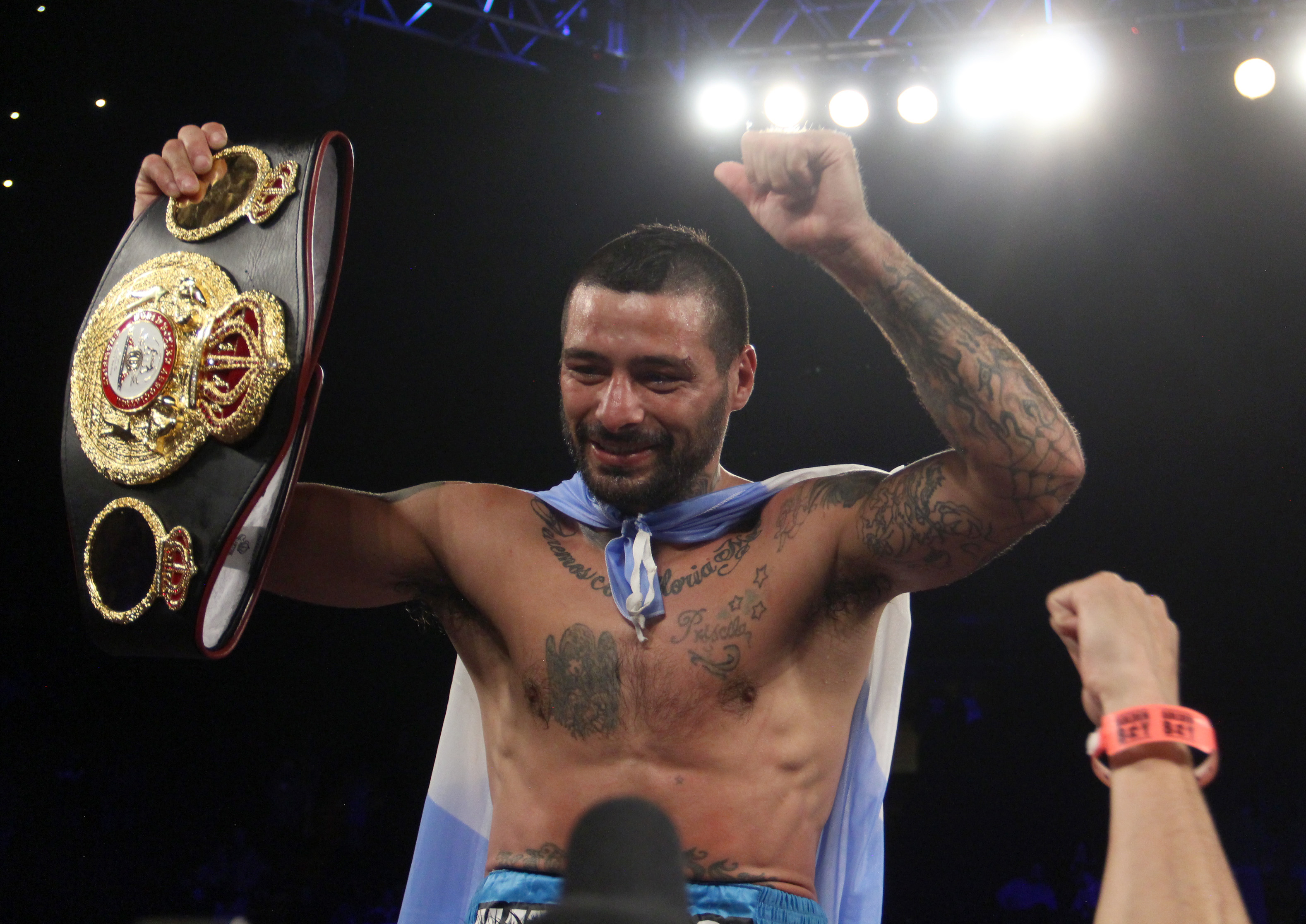 Matthysse knocked out Kiram and is the new WBA Welterweight champion