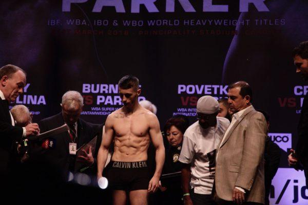 Ryan Burnett 117.8 libras. Foto: Marcelino Castillo.
