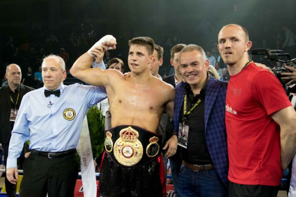 Zeuge knocked out Ekpo to retain his WBA title