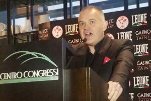 Gilberto Jesús Mendoza presente en la convención FIB